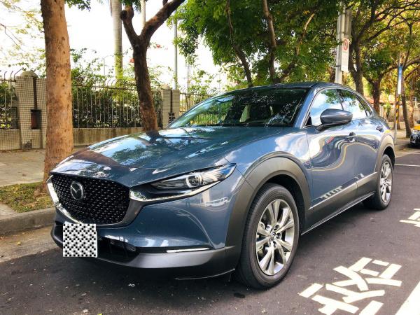 2020 Mazda 跨界小休旅cx30 旗艦進化型極境灰簡短開箱心得分享